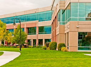 EmpBlog-4.28.2014-Building Exterior-iStock-PAID-RESIZED