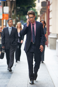 EmpBlog-8.28.2014-Man Walking w Cell Phone-iStock-PAID-RESIZED